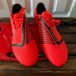 Nike Phantom Venom Elite FG Soccer Cleat Men Shoes
